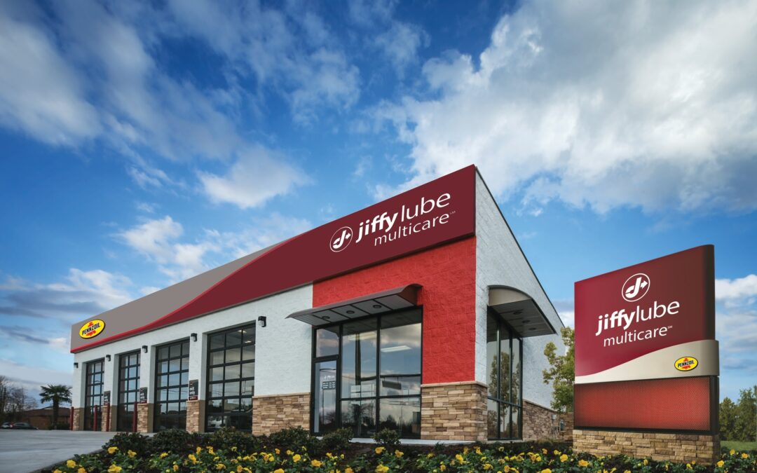 How the Jiffy Lube Signature Service® Oil Change Does More for Your Vehicle